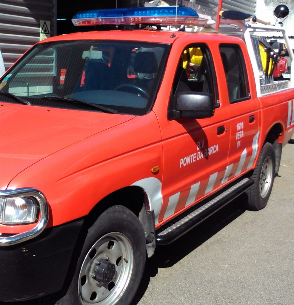 veículo equipamento técnico de apoio